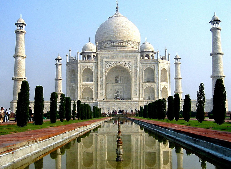Explore India's heritage and culture with exciting Golden Triangle Tour