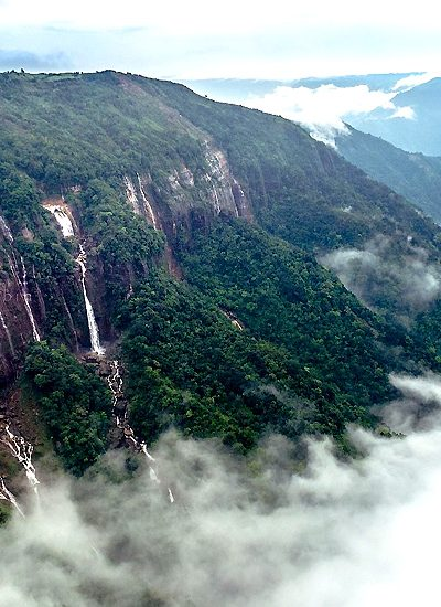 Explore The Best Places To Visit In Meghalaya To Admire Their Natural Beauty