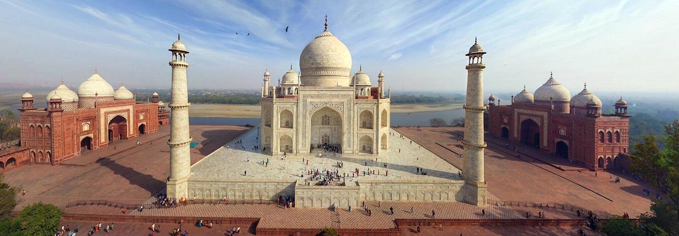 https://www.tourism-of-india.com/pictures/besttimetovisit/best-time-to-visit-taj-mahal-slider-11