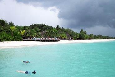 Agatti Islands Tour Packages