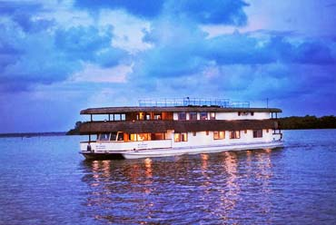 Best Travel Agency Pattaya Luxury Backwater Cruises Kerala 09 Cruise Exotic Destinations Cheap