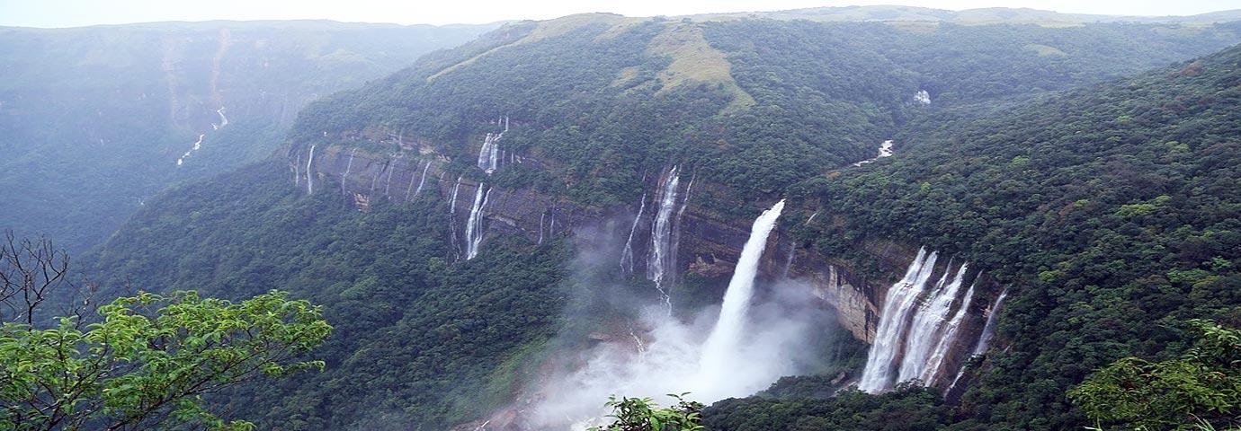 Mawlynnong Waterfall
